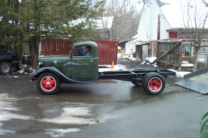 35 Ford Pickup 002