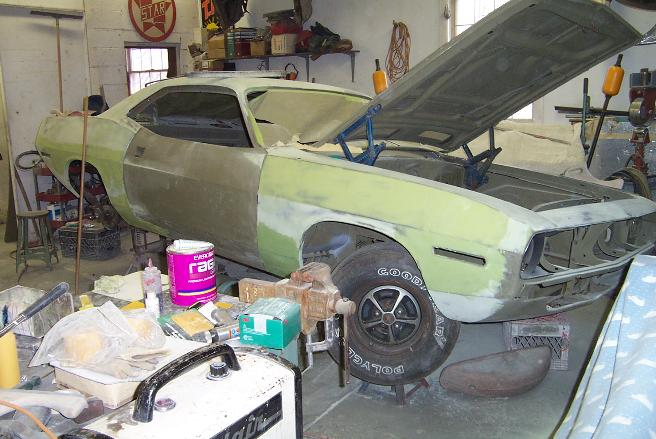 We offer expert auto body restoration for antique & classic cars.
